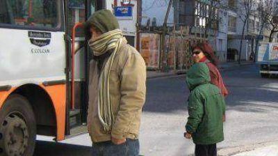 Frío y alerta por vientos fuertes alrededor de las urnas