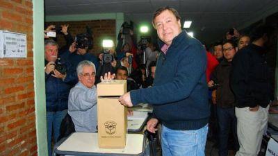 Río Negro: Pichetto reconoció la derrota y felicitó a Weretilneck que fue reelecto