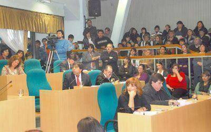 Diputados de Santa Cruz autorizan reestructurar deuda por 460 millones