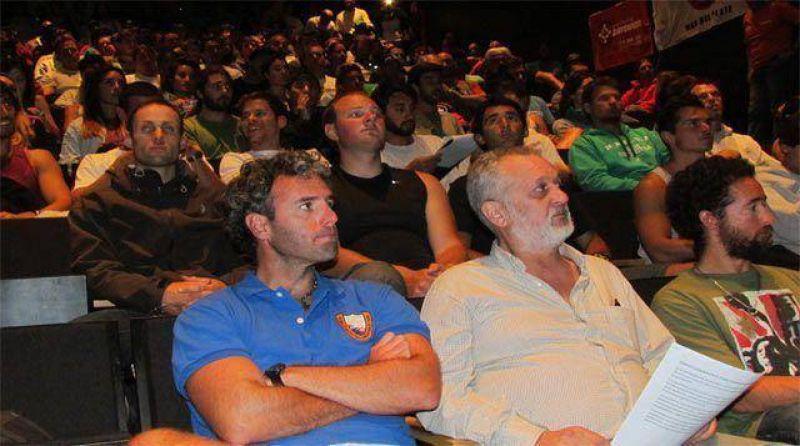 """Guardavidas: """"Vamos a hacer lo imposible para que no se aprueben los proyectos de La Perla y el Torreón"""""""