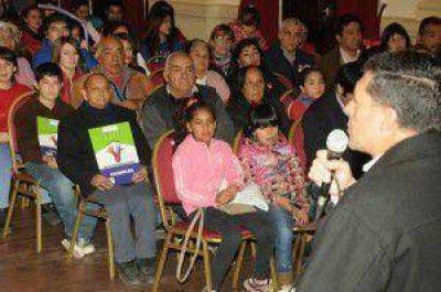 CASAS GARANTIZÓ LA CONTINUIDAD DE POLÍTICAS PARA QUE EN CADA RIOJANO HAYA UN PROPIETARIO