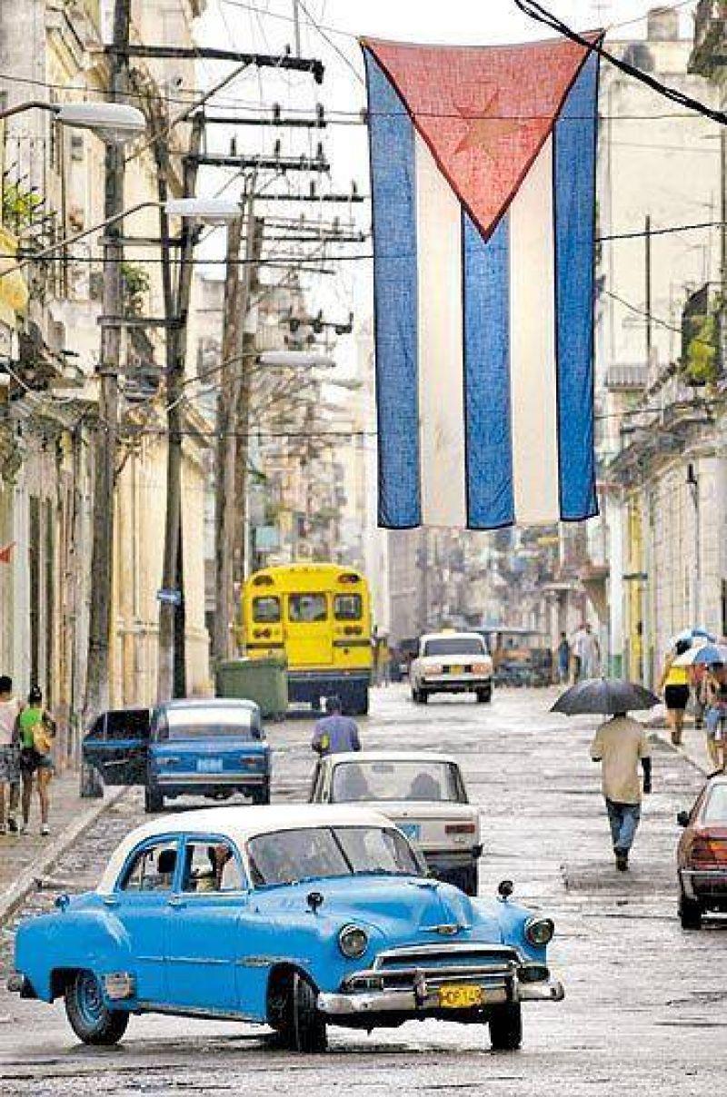 Cuba: anuncian menor crecimiento y un ajuste.