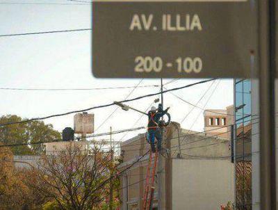 Fue conectado el nuevo tendido de fibra óptica sobre avenida Illia