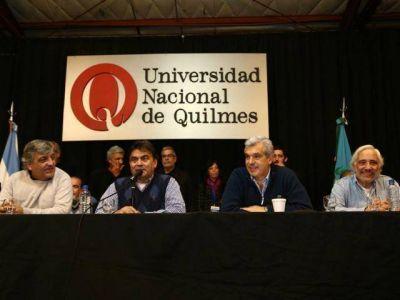 Domínguez, junto a rectores