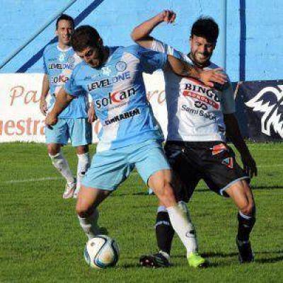 Villa San Carlos se trajo un punto desde Parque San Martín: igualó sin goles con Merlo