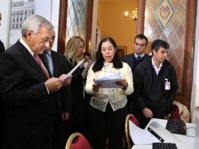 El Tribunal Electoral santafesino comienza ma�ana el escrutinio definitivo