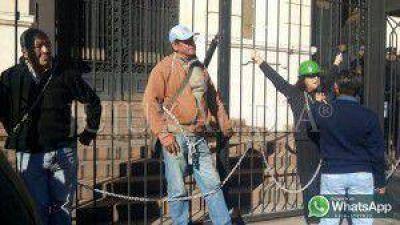 Ex trabajadores de Aceros Zapla le dieron una semana para entregarle la resoluci�n sobre la propiedad participada