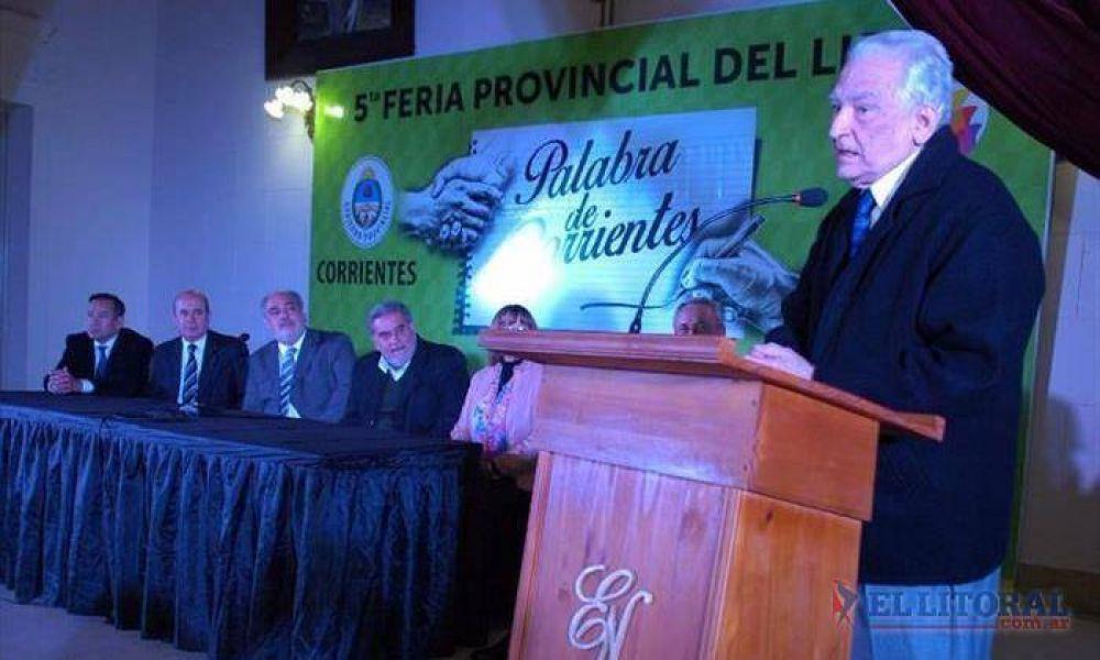 La feria del libro se inauguró con Carlos Altamirano y Pocho Roch