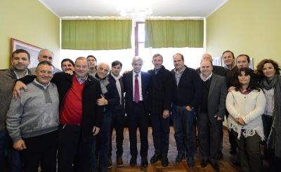 """Julián Domínguez se comprometió a trabajar en """"una educación democrática, emancipadora y productiva"""""""
