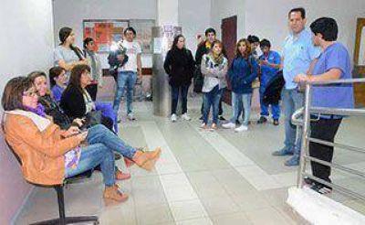 Monotributistas del Hospital Zonal piden no ser despedidos