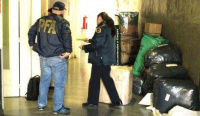 Secuestran casi 65 kilos de marihuana en la terminal