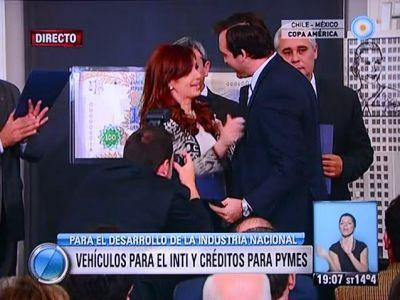 La Presidenta le entregó a Soria certificación del Parque Industrial de Roca