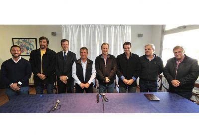 Urribarri present� a sus candidatos en Concordia
