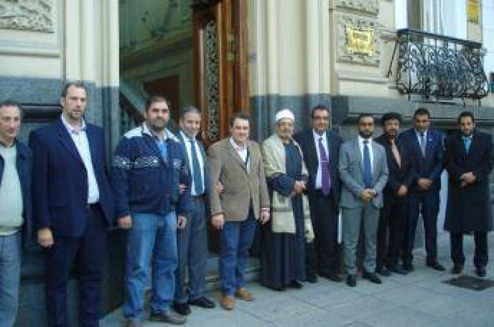 El CIRA recibió la visita de una delegación de los Emiratos Árabes Unidos