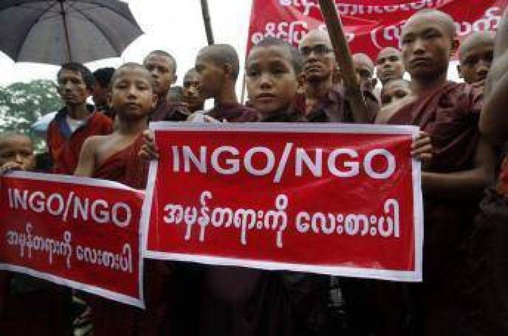 Centenares de budistas se manifestaron contra los musulmanes Rohingyas