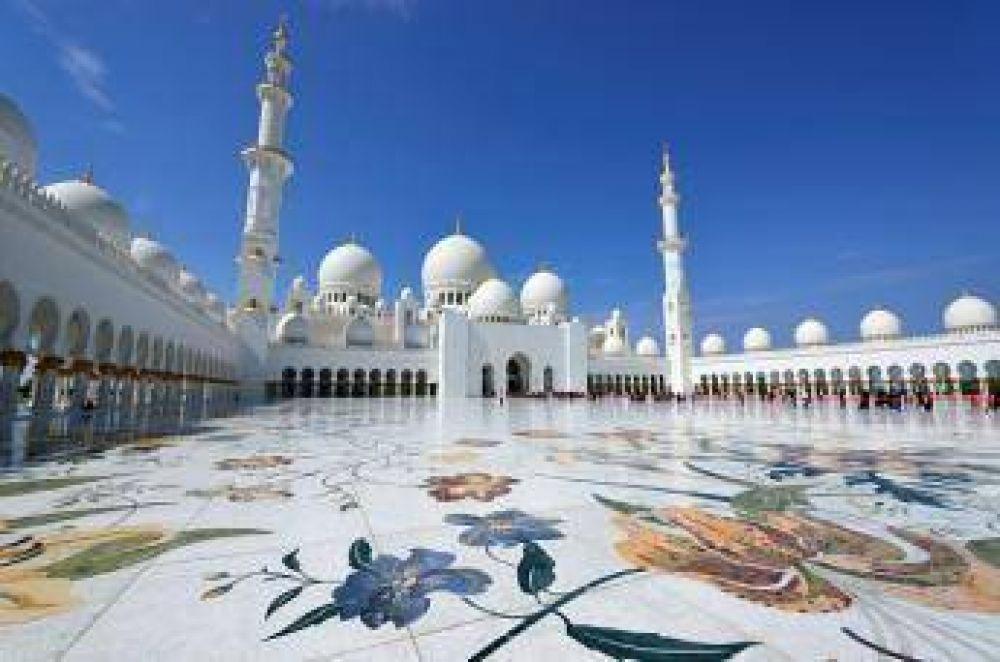 """Mezquita """"Sheij Zayed"""" de Abu Dhabi entre los 10 lugares más populares del mundo"""