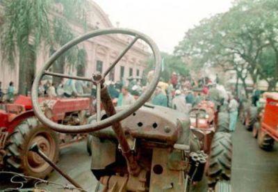 Yerbateros protestarán ante Closs por el aumento ilegal de la tarifa sustitutiva