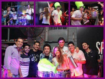 """El grupo """"Los Sombreros"""" y bandas locales serán los encargados de abrir la noche de """"Agapornis"""" en Candelaria"""