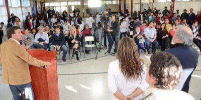 Inauguran la refacción y ampliación de una escuela que beneficia a un amplio sector de Trelew