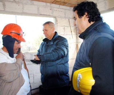 La Uocra comenzó campaña de vacunación antigripal entre los trabajadores marplatenses