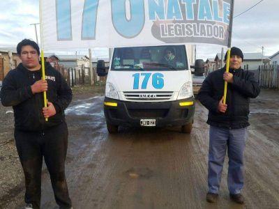 """""""Vamos a trabajar para que los fueguinos tengan una vida digna"""", dijo el candidato Gastón Natale"""
