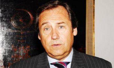 García Caffi, otro nombre que se baja