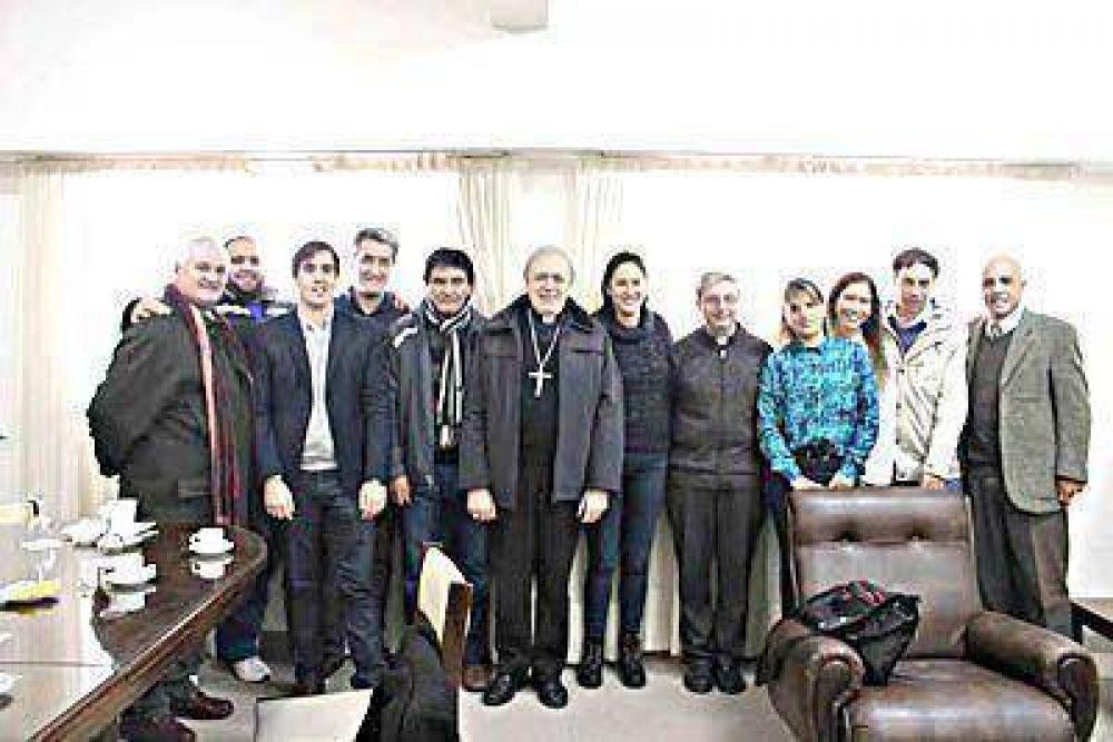 El obispo recibió a representantes de la CGT local y de UCIP Joven