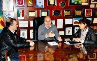 Ensenada: Mario Secco defini� la n�mina completa de sus candidatos