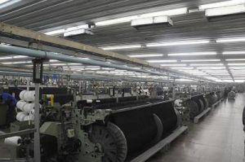 Santana invertirá 20 millones de dólares más en PuertoTirol y duplicará producción y empleos