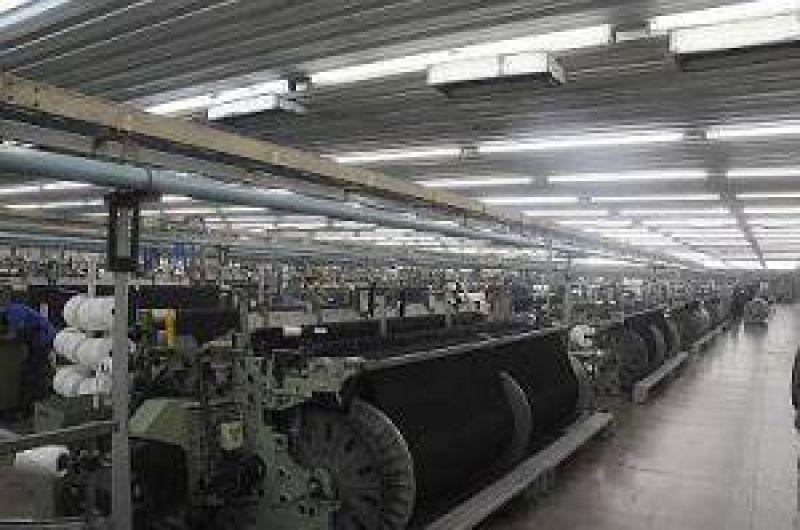 Santana invertir� 20 millones de d�lares m�s en PuertoTirol y duplicar� producci�n y empleos