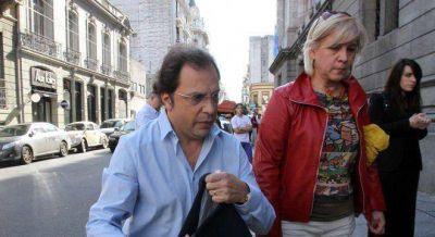 Giustozzi ahora se aleja de Randazzo y tiende puentes con Julián Domínguez