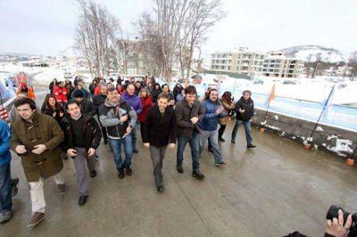 Inauguran nuevo puente y acceso al barrio Pipo