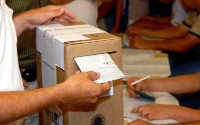 Los partidos políticos empezaron a cerrar las listas en medio de nervios y hermetismo