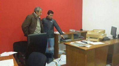Muy raro: Asaltaron y destrozaron el comité de la UCR en Mendoza