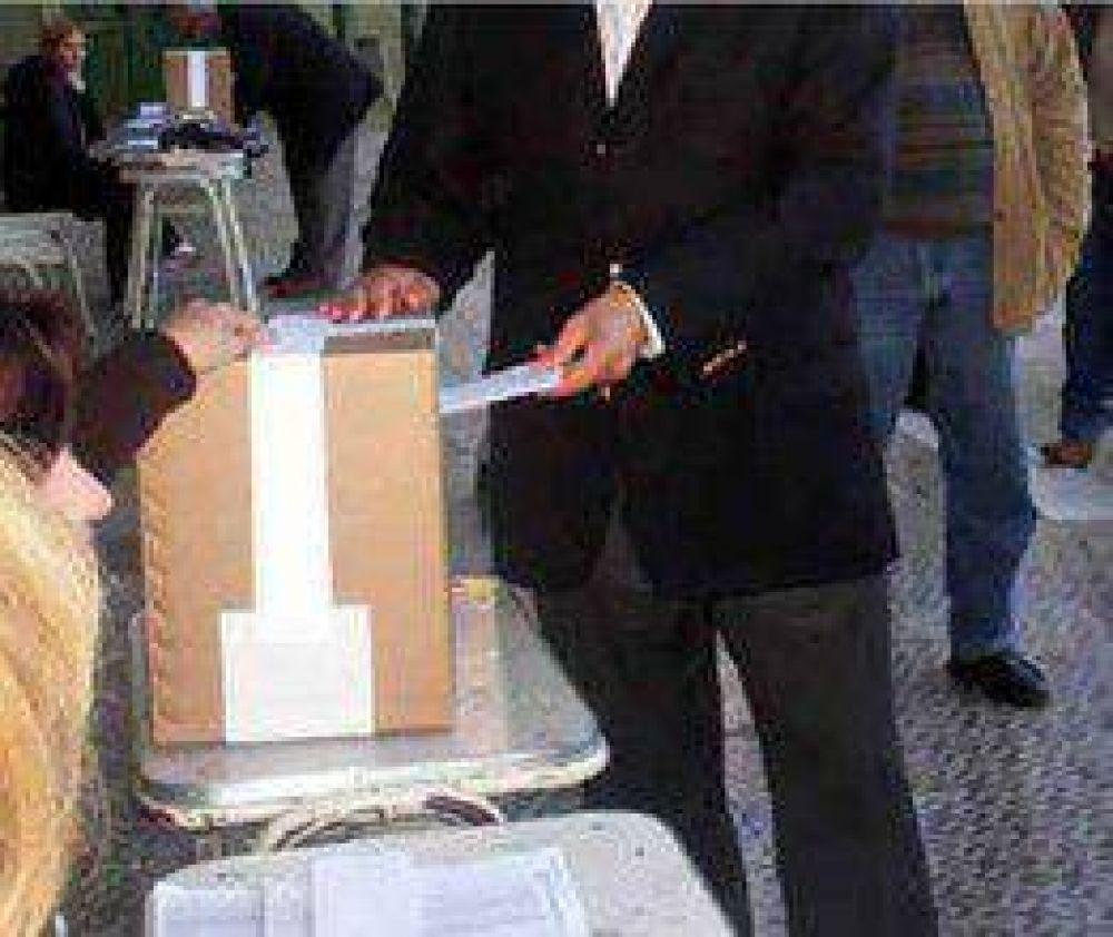 Elecciones: Candidatos a intendentes y concejales
