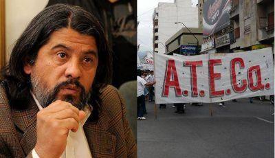 Docentes pedirán la renuncia del ministro José Ariza