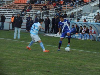 Alvarado pasó un feliz cumpleaños: le ganó 3 a 0 a Alianza de Cultral Có en el Minella
