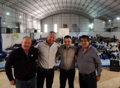 Contreras y Álvarez celebraron el Día de la Bandera en Caleta Olivia