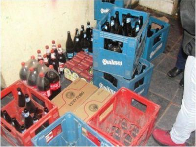 Allanan nuevamente una casa por venta clandestina de alcohol