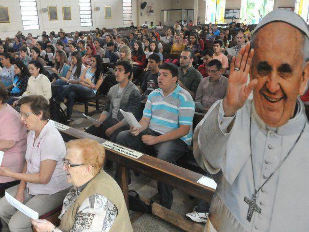 A ritmo de guarania y polca kyre'y, el Papa dará misa en Ñu Guasu