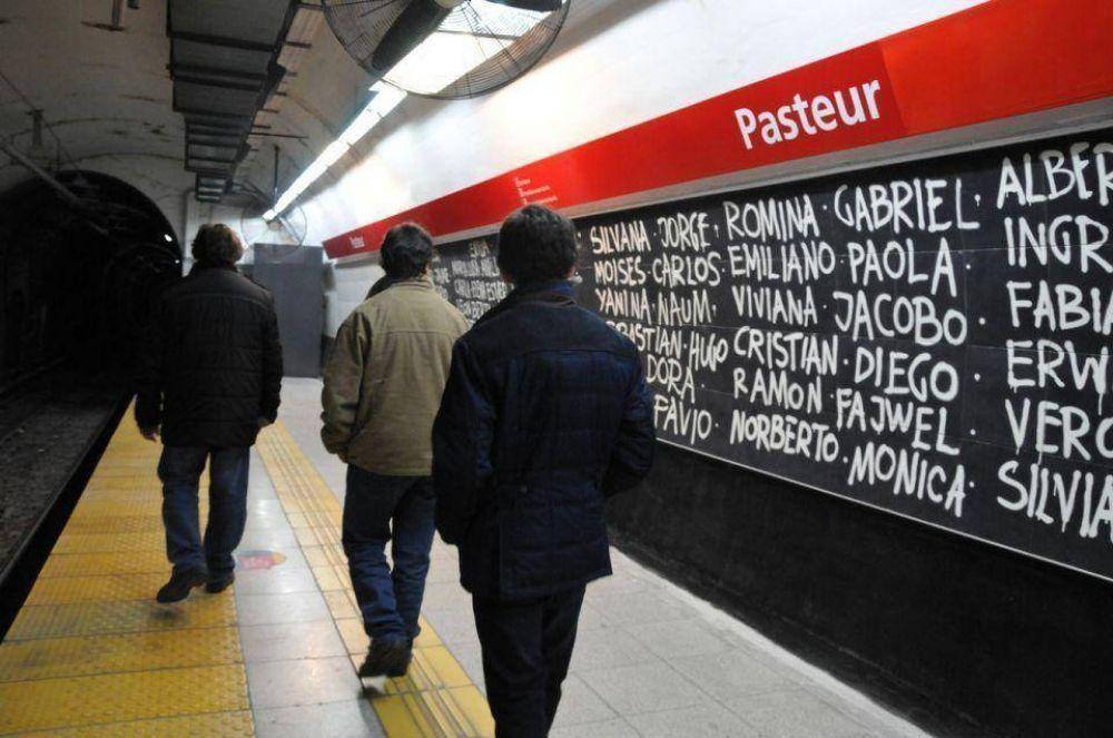 La estación Pasteur, un espacio de homenaje permanente a las víctimas del atentado a la AMIA