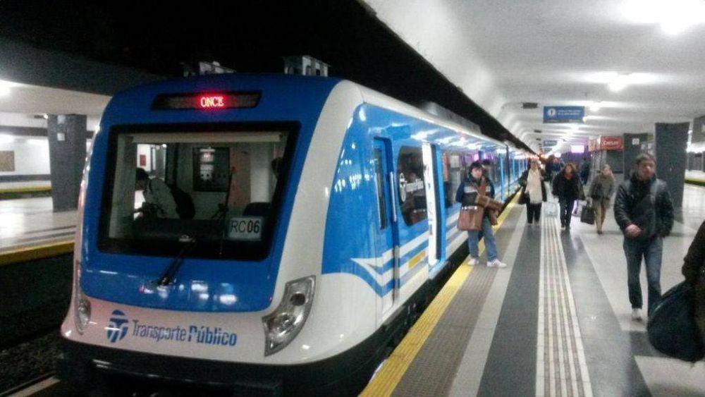 Levantaron el paro del tren Sarmiento anunciado para este martes