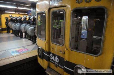La línea C de subtes estuvo paralizada durante doce horas por un sorpresivo bloqueo de vías