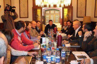Weretilneck reuni� a su Gabinete y plante� trabajar en pol�ticas de Estado