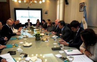 Crisis frutícola: Casamiquela se reunió hoy con productores, empresarios y gobiernos provinciales