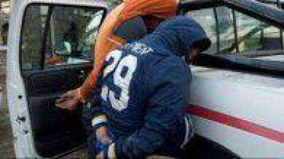 Aprehendidos con secuestro de moto y arma blanca