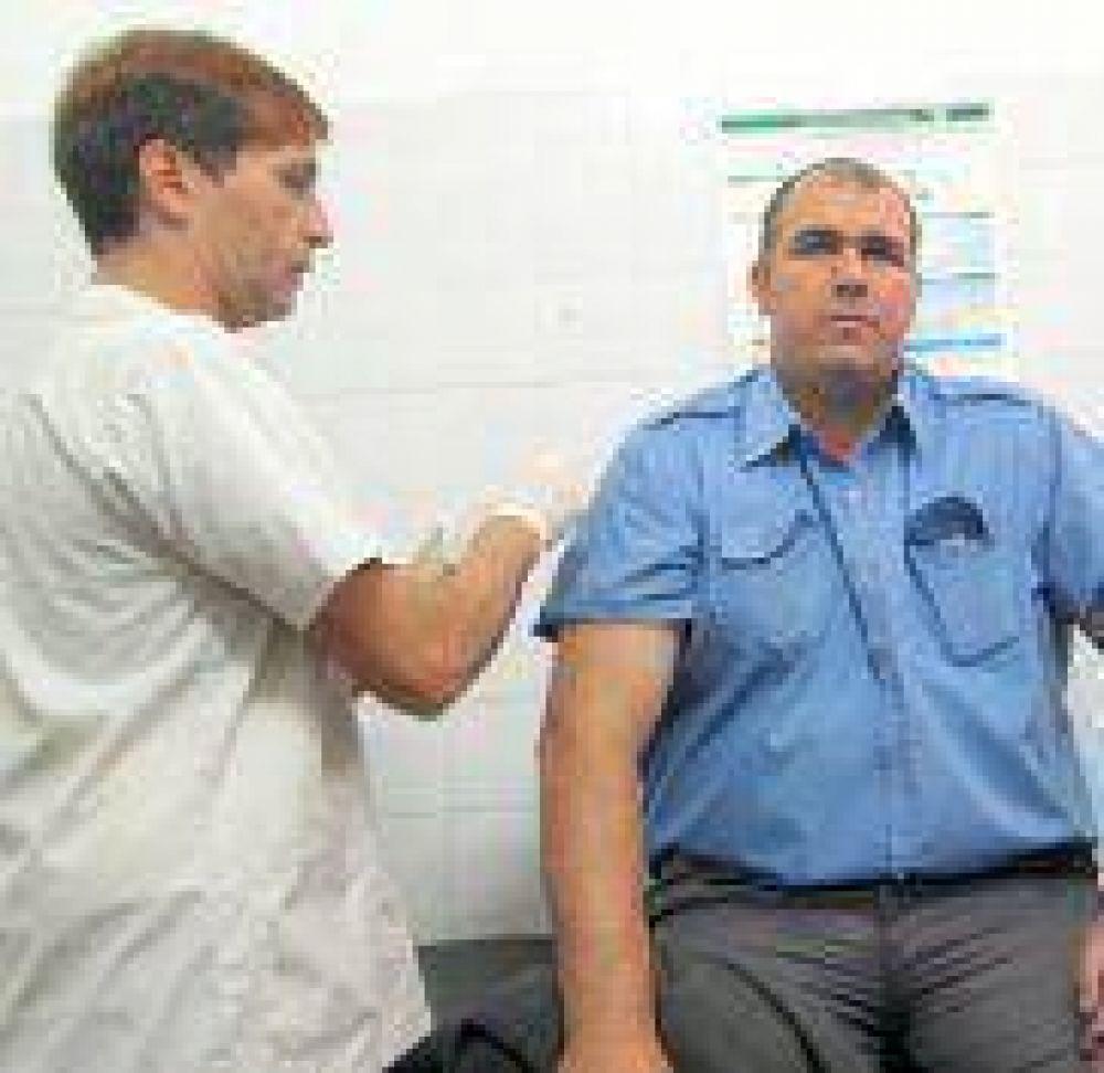 Continúan operativos de vacunación