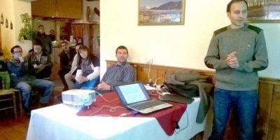 JUNTO A INSTITUCIONES Y LA COMUNIDAD: Funcionarios provinciales analizaron planes para restaurar bosques