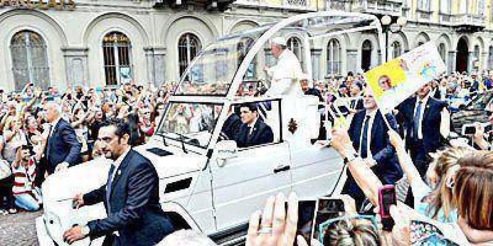 Cerca de 200 marplatenses reservaron pasaje para ver al Papa en Paraguay