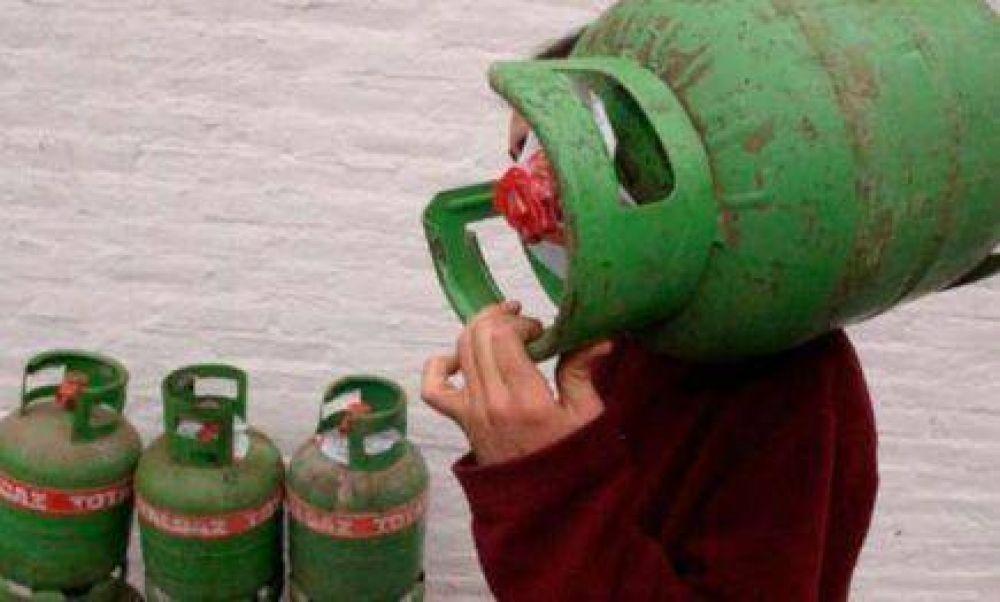 Huelga de trabajadores de gas, por aumentos, afectará a toda la tierra colorada